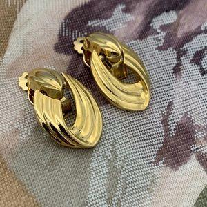 Vintage Door Knocker GoldTone Clip Earrings